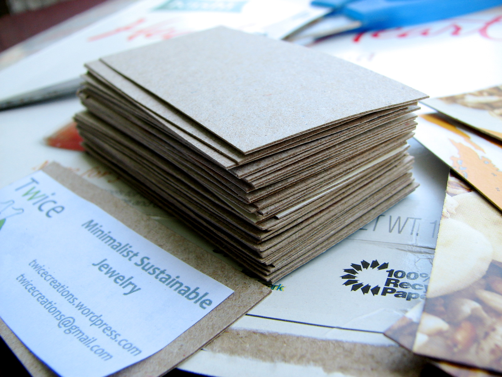 DIY – Business cards How to make upcycled business cards